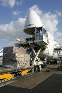 Chargement d'un avion de frët avec l'aimable autorisation de Air France Cargo